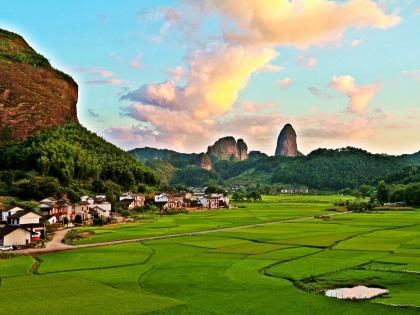 崀山风景区对武汉和黄冈居民免门票2年