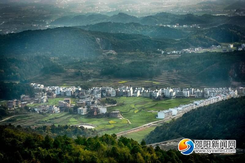 白云岩乡村田园景观