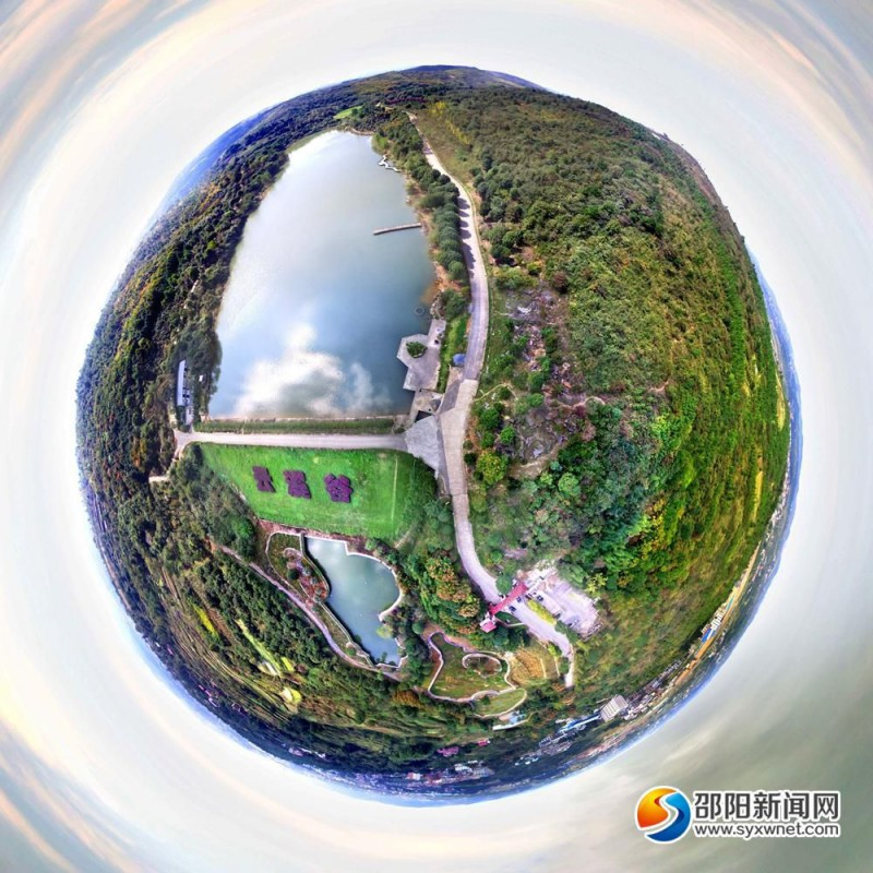 邵阳云溪谷生态园俯瞰全景图