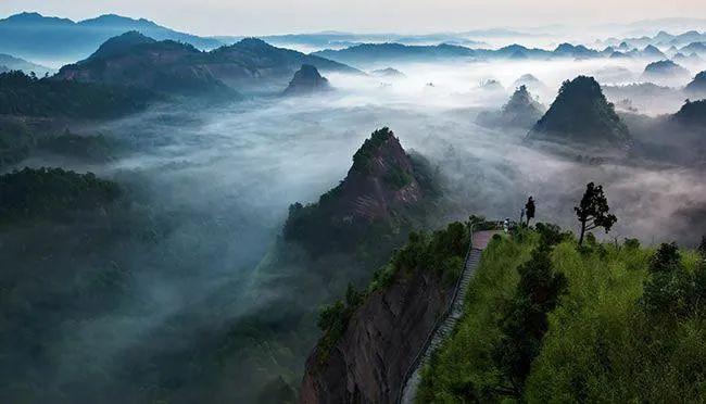 万佛山,低调绝美的丹霞峰林