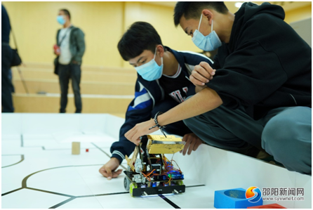 邵阳绥宁选手入围全国机器人总决赛