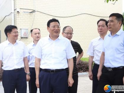 华学健到邵阳县黄荆乡调研农村饮水安全工作